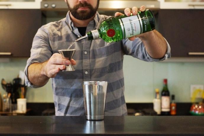 Step 4 of 6: Add 1 1/2 oz london dry gin