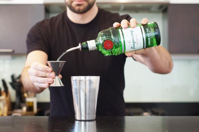 Step 3 of 10: Add 2 oz gin