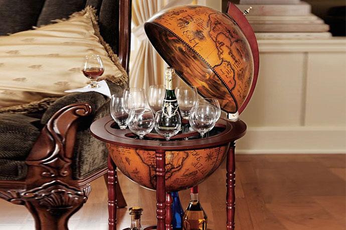 15.Italian Replica Globe Bar, $189.00 You're dat
