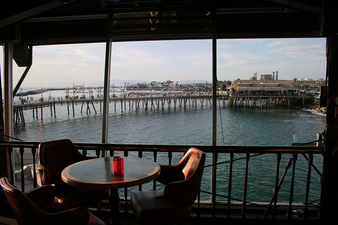 Tony's on the Pier Enjoy an old school cocktail vibe?