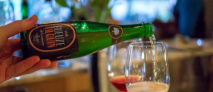 Pro Tip: Should Bars and Restaurants Ban Gratuities?