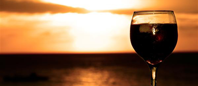 Wine Reduces Risk of Sunburns